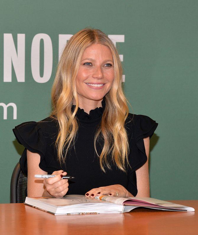 """Gwyneth Paltrow fait la promotion de son livre """"It's all easy"""""""