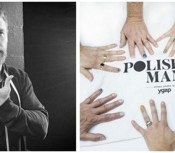 Mettersi lo smalto su un dito della mano: ecco perché tutti gli uomini dovrebber