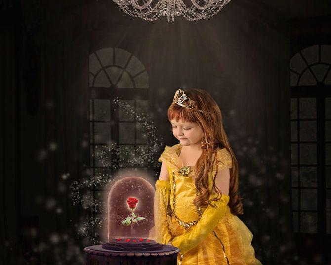 Elle recrée des scènes de films magiques avec ses enfants