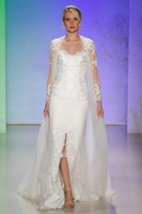 La robe Elsa de la Fairy Tales Wedding Collection 2017 d'Alfred Angelo