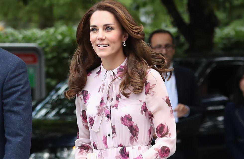 Le look rose et fleuri de Kate Middleton était-il trop cucul ?