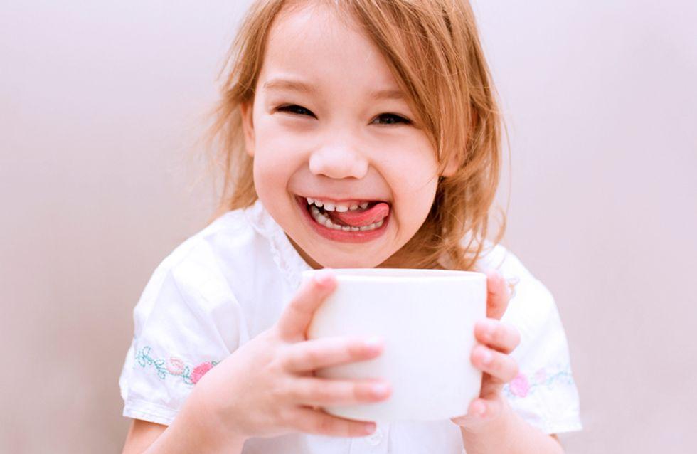 Kindergetränke: Was und wie viel sollte mein Kind täglich trinken?