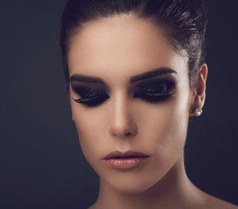 Smokey eyes e occhi marroni: ?scopri i colori e le tecniche da usare