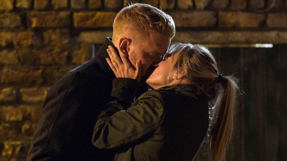 Coronation Street 26/10 - Can Sarah Risk The Temptation Of Gary?