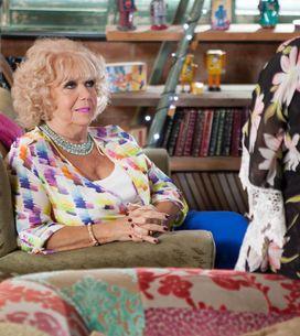 Hollyoaks 25/10 - Nana And Celine Spy On Myra's Date