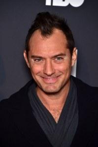 """Jude Law à la première de """"The Young Pop"""" à la Cinémathèque de Paris"""