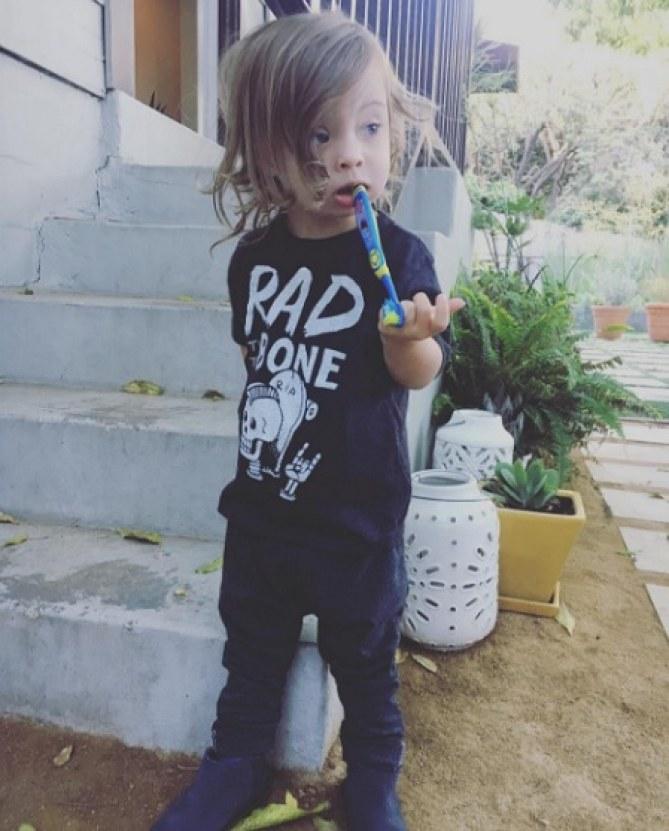 Cette maman partage le quotidien de son fils trisomique sur Instagram