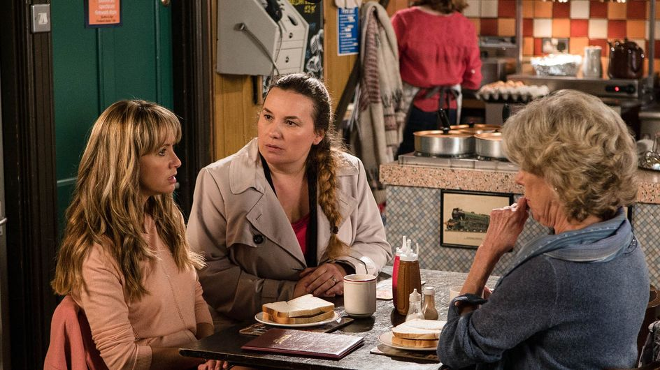 Coronation Street 02/11 - Maria Feels The Finger Of Suspicion On Her