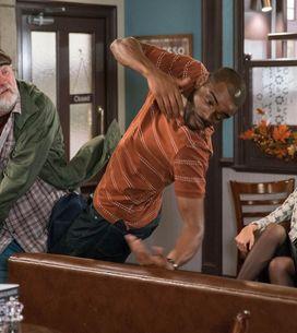 Emmerdale 01/11 - Zak Makes A Move On Lisa
