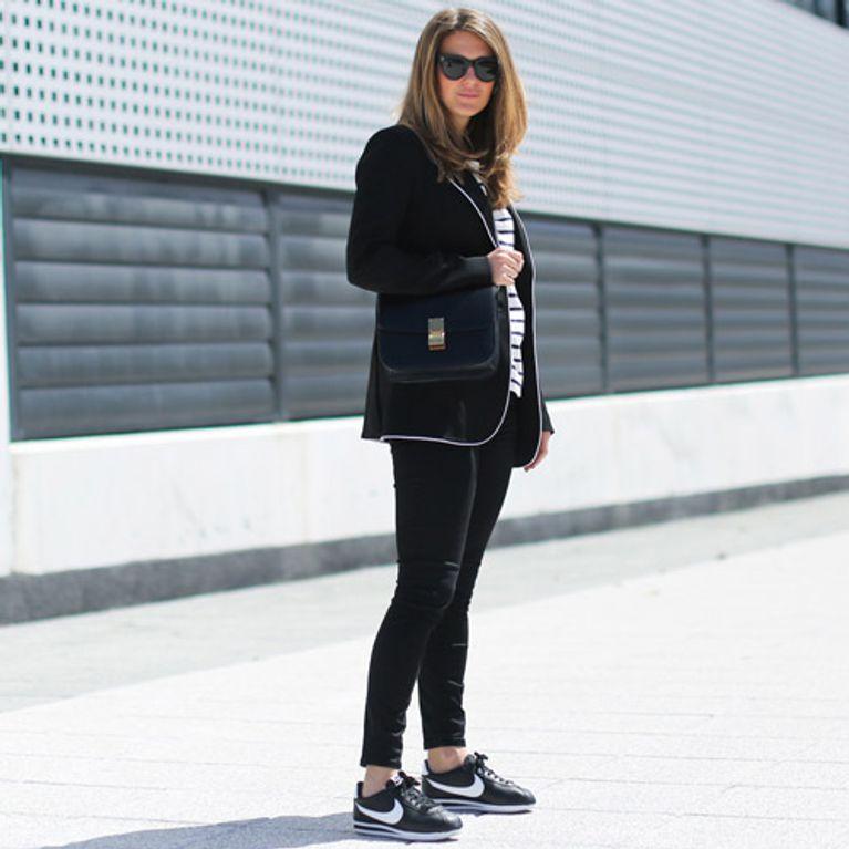 9 looks cómodos que combinan mejor con zapato plano Foto 1