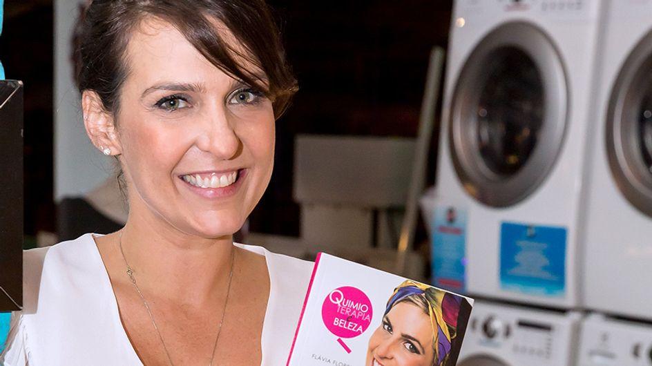 Outubro Rosa: conheça Flávia Flores, criadora do site Quimioterapia e Beleza