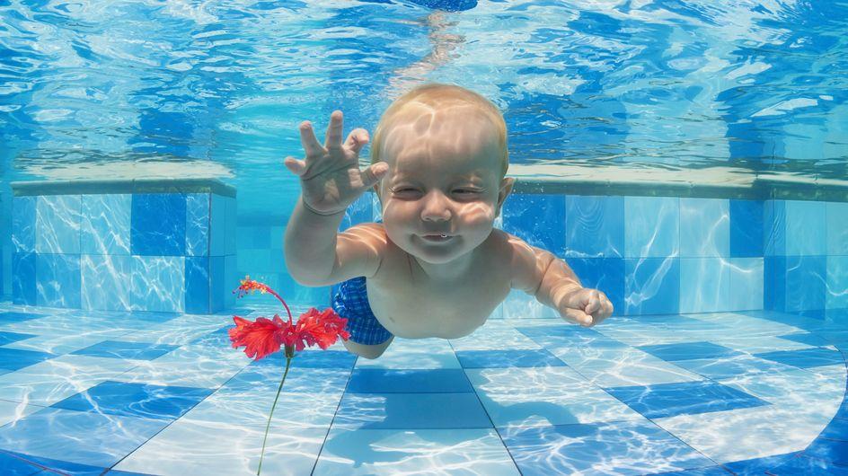 Estimulación acuática en bebés: un chapuzón beneficioso y divertido para ellos y para ti