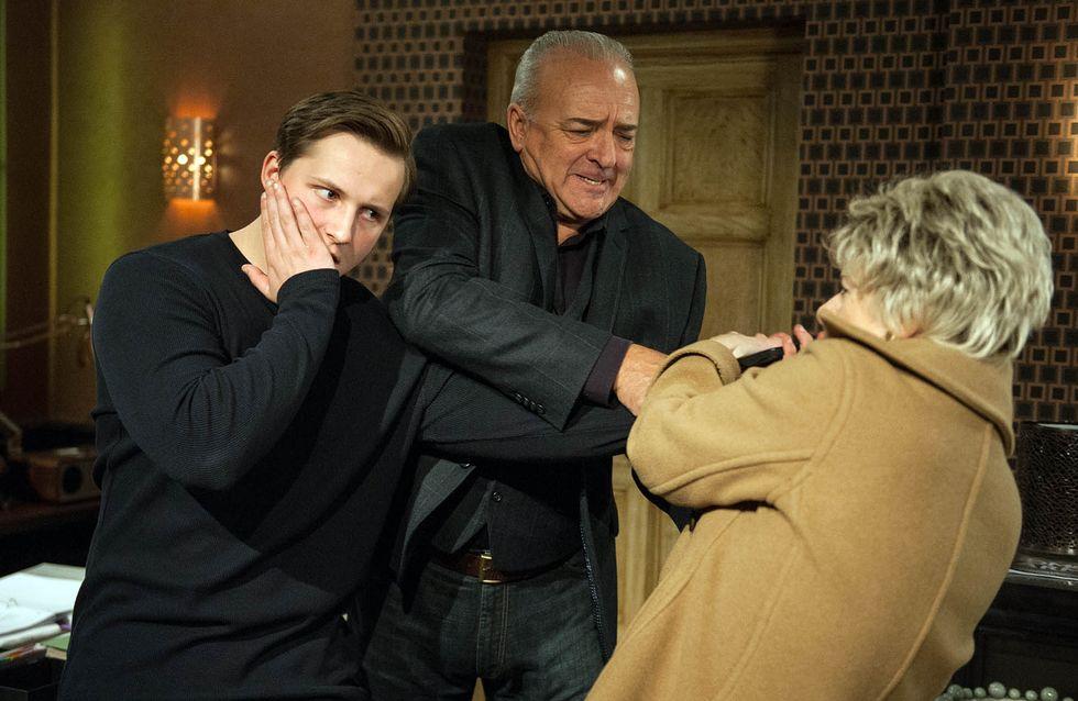 Emmerdale 11/11 - Diane Goes Even Further