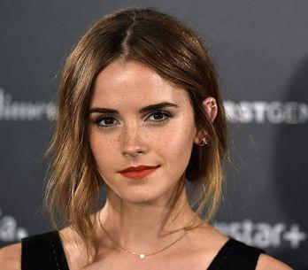 La toile s'emballe pour cette jeune fille, portrait craché d'Emma Watson (Photos
