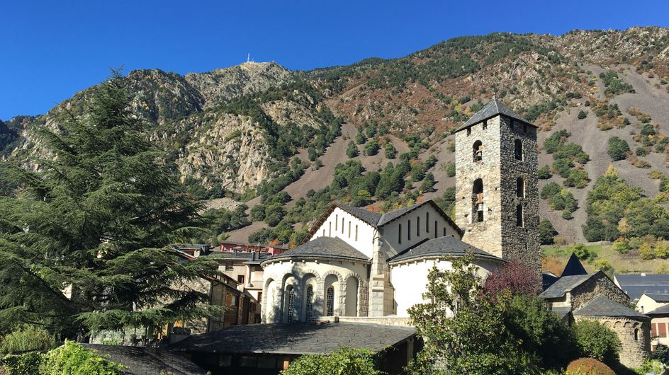 8 razones por las que visitar Andorra (más allá del esquí)