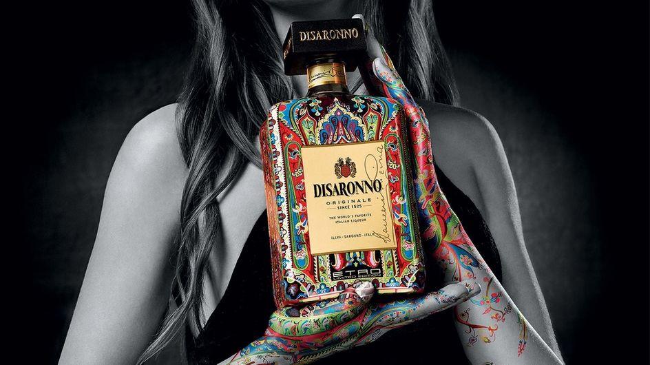 """Disaronno Wears Etro, un nuevo """"vestido"""" para la icónica botella"""