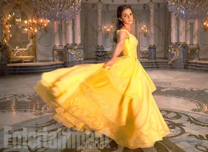 Les nouvelles photos de la robe d'Emma Watson dans la Belle et la Bête