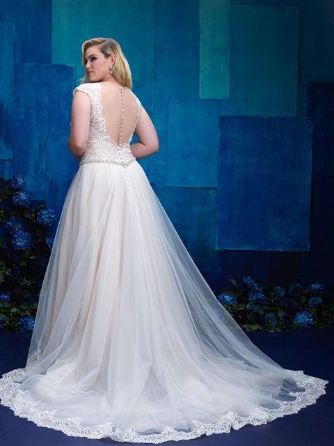 Hochzeitskleider für mollige mit ärmel