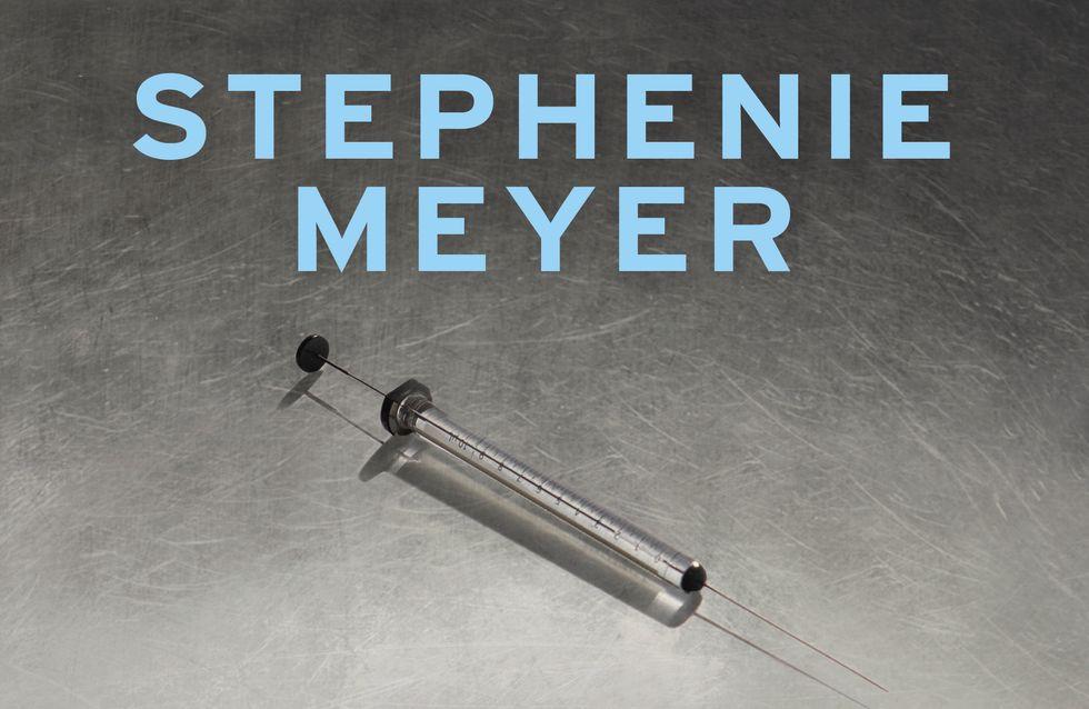 Exclu : Découvrez un extrait du nouveau roman de Stephenie Meyer, La Chimiste