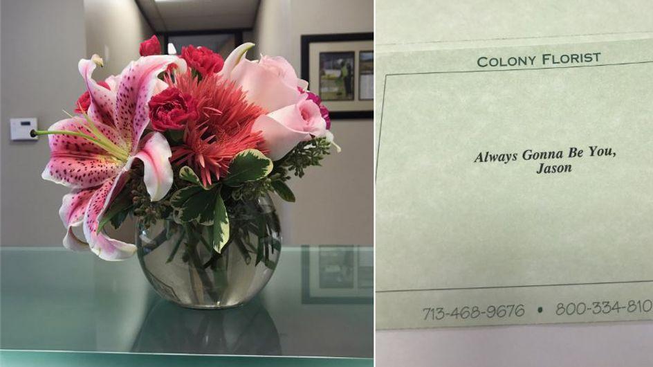 Vergangene Liebe: Er überrascht seine Ex-Frau zur Scheidung mit einer rührenden Geste