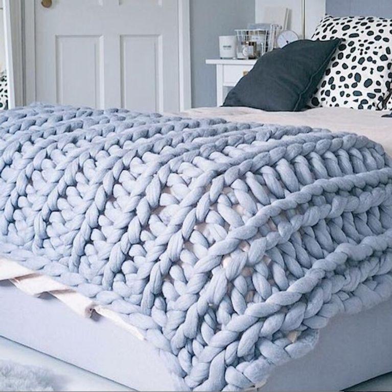 nuovi stili 6de44 c676e Il plaid di lana grossa fatto in casa: il tutorial e ispirazioni