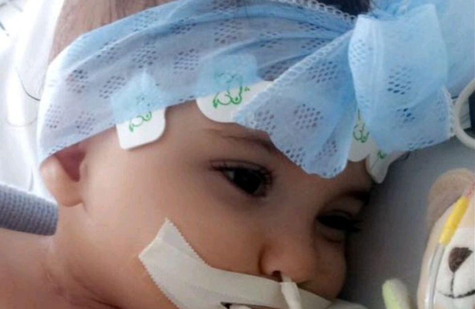 Ce papa se bat pour que l'appareil respiratoire de sa fille ne soit pas débranché