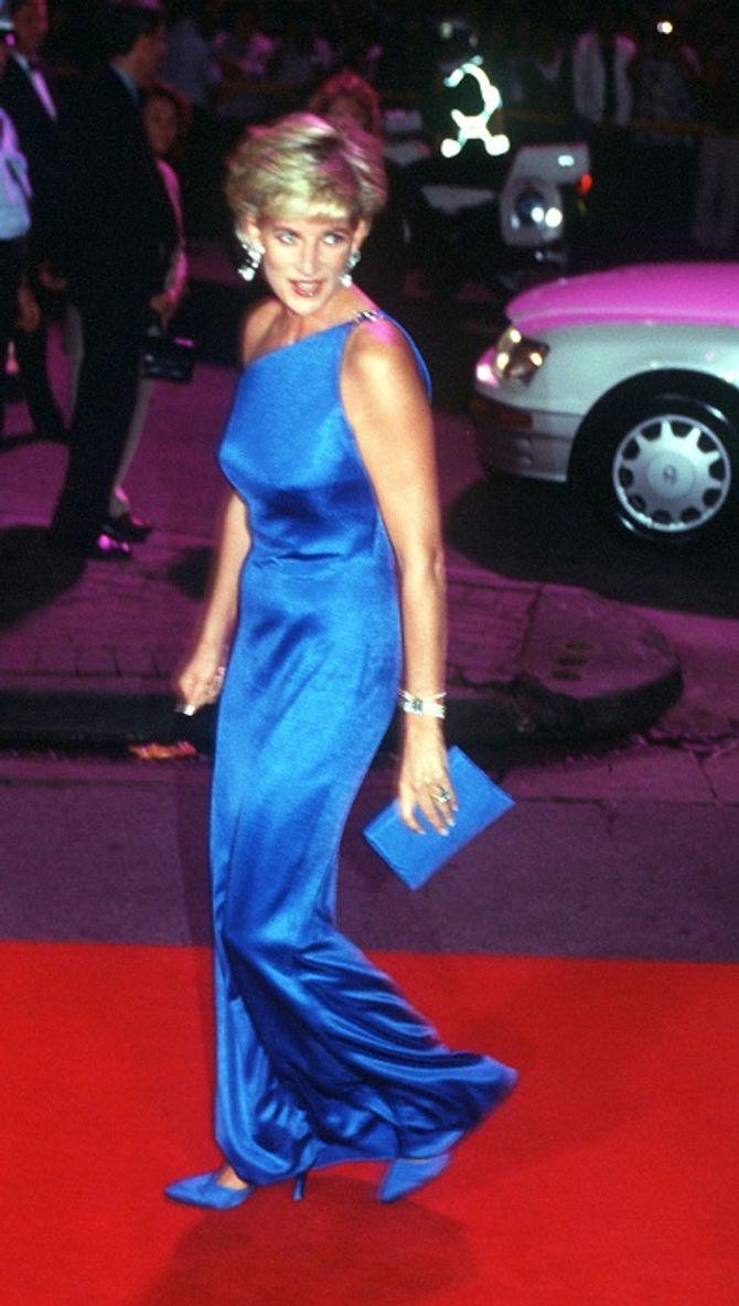 Exposição Diana: My Fashion Story traz peças do figurino de Lady Di
