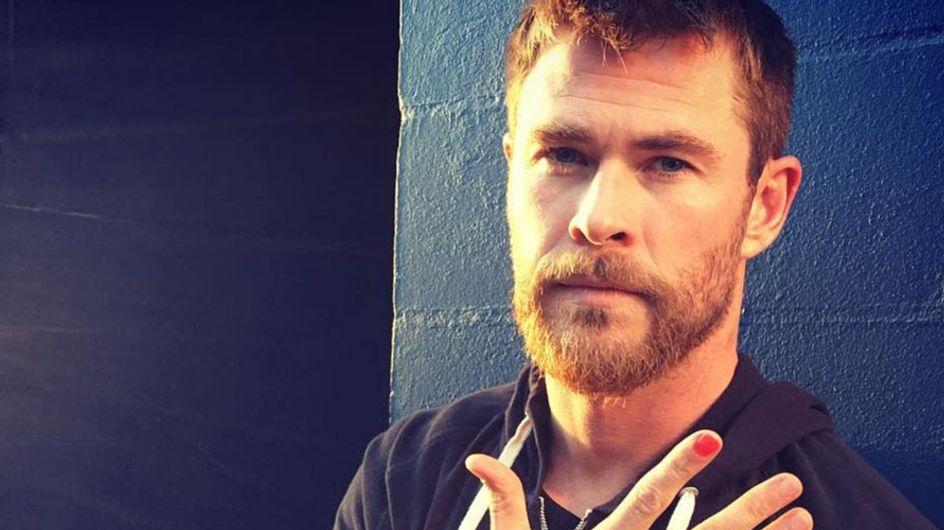 Chris Hemsworth y otros famosos que se han unido a la campaña #PolishedMan contra la violencia en niños