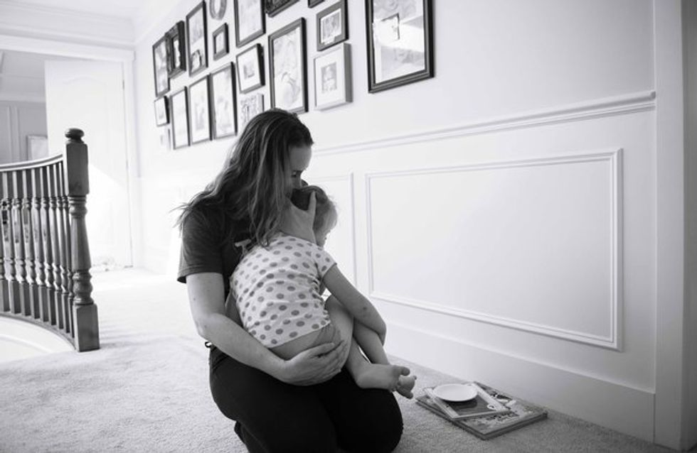 Dieses wunderschöne Fotoprojekt zeigt ehrlich und ungeschönt den Alltag von Müttern