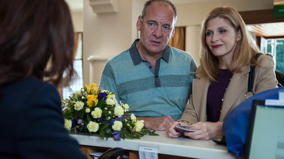 Emmerdale 01/12 - Will Nicola Catch Jimmy And Bernice?