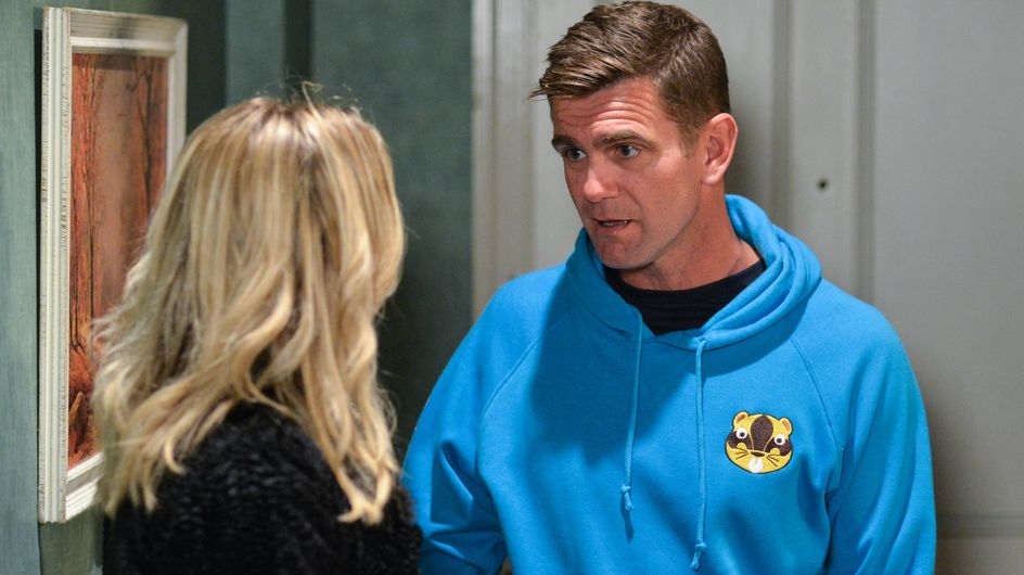 Eastenders 28/11 - Ronnie Tells Jack They Can't Sell The House