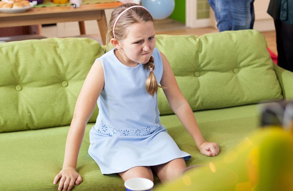 Hollyoaks 28/11 - Leah Is Mad When Her Advert Does Not Go As Planned...