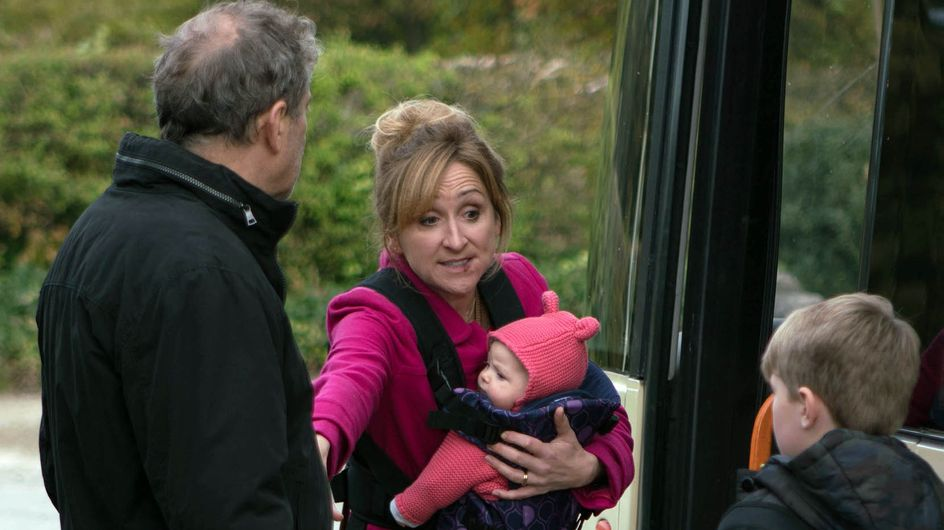 Emmerdale 09/12 - Laurel Struggles With An Increasingly Confused Ashley