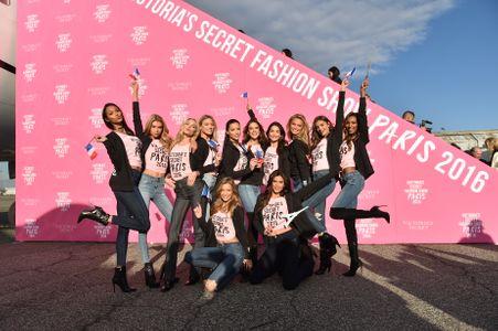 Les Anges Victoria's Secret débarquent à Paris !