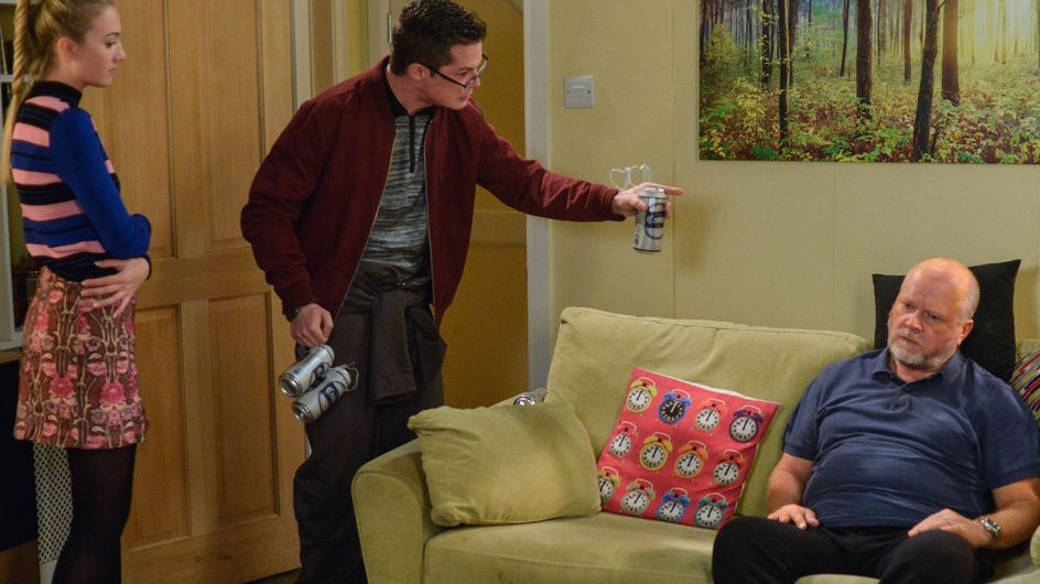 Eastenders 05/12 - Ben Continues To Feel Distant From His Family