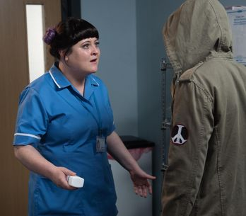 Hollyoaks 09/12 - Nick Stops Tegan Making A Dangerous Mistake