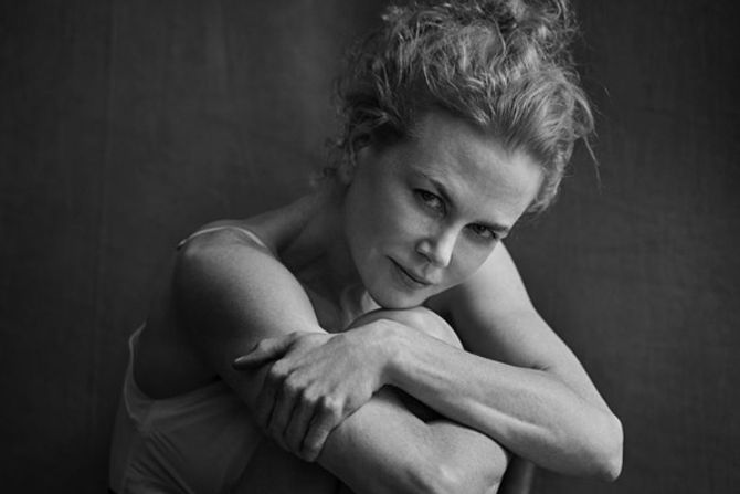 Nicole Kidman pose pour le calendrier Pirelli 2017