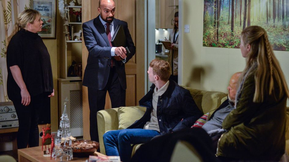 Hollyoaks 15/12 - The Mitchells Get Some Life-Changing News...