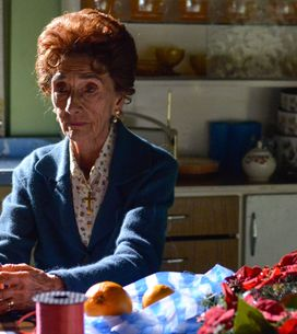 Eastenders 16/12 - Abi Grows Concerned About A Lonely Dot