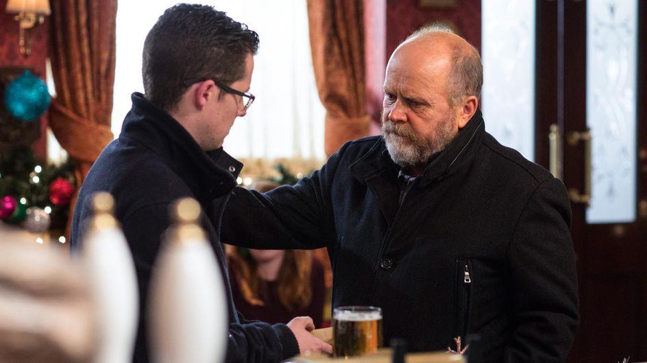 Eastenders 23/12 - Ben And Louise Are Confused By Phil's Behaviour