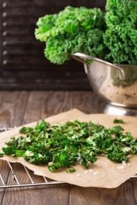 Grünkohl-Rezepte: Hausgemachte Grünkohl-Chips
