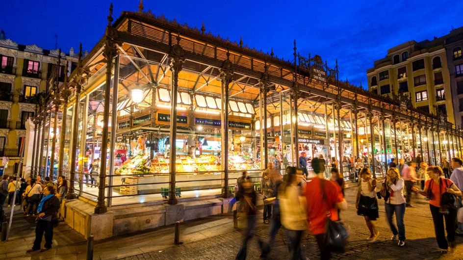 Ruta por los mejores mercados para comer en Madrid, ¿nos acompañas?