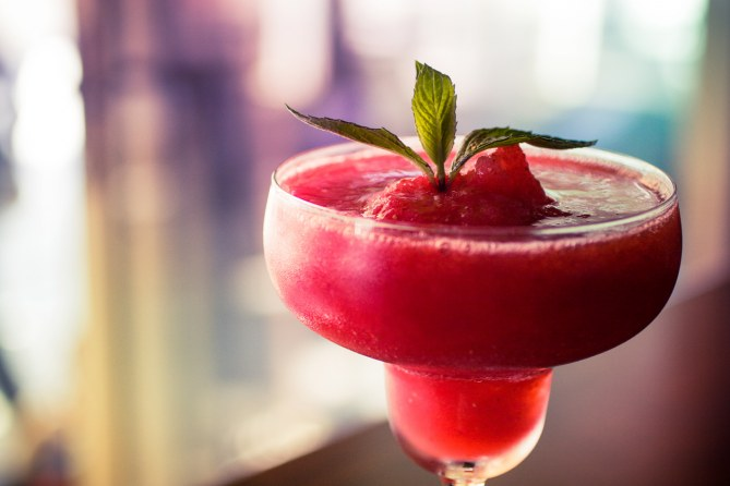 1 daiquiri (100 ml) = 186 Kcal