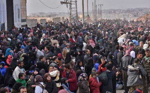 Des habitants d'Alep tentent de fuir