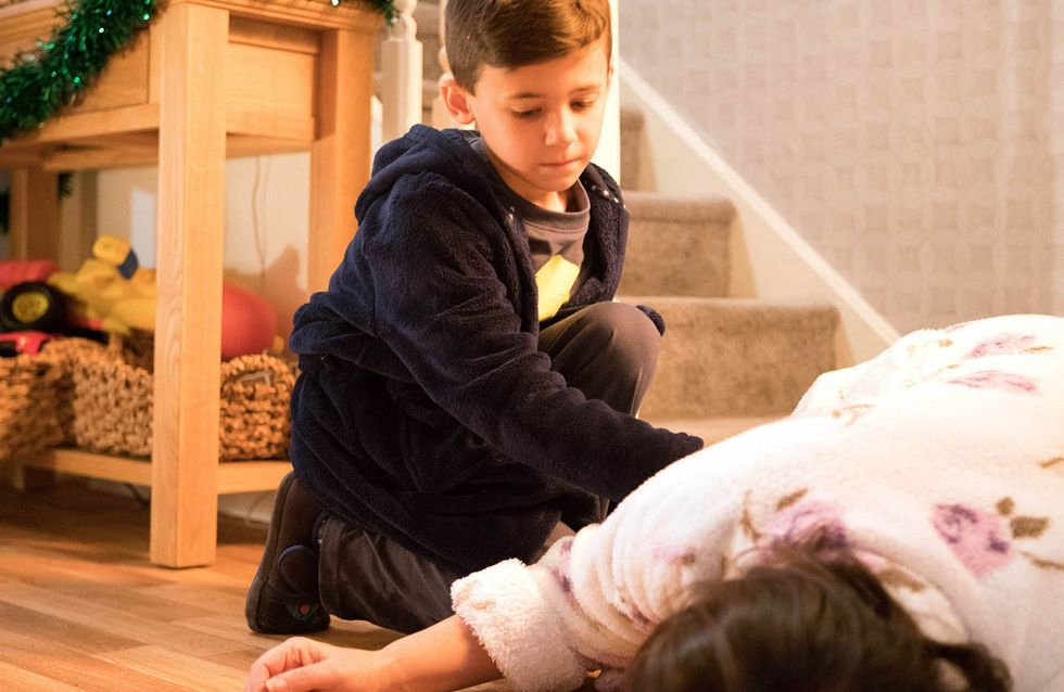 Coronation Street 30/12 - Anna Has The New Year From Hell