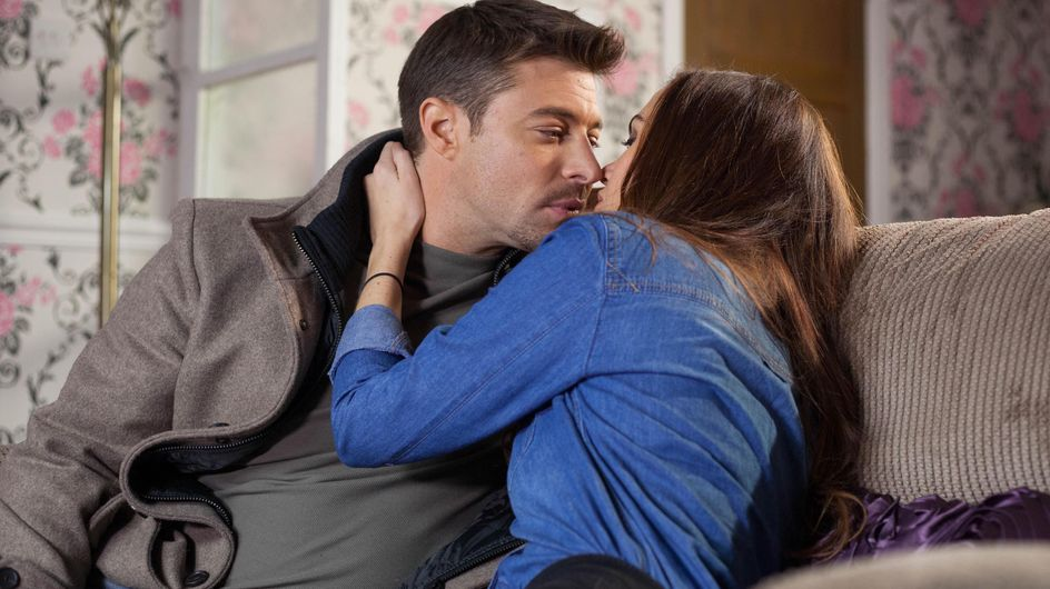 Hollyoaks 28/12 - Ryan Hits Boiling Point
