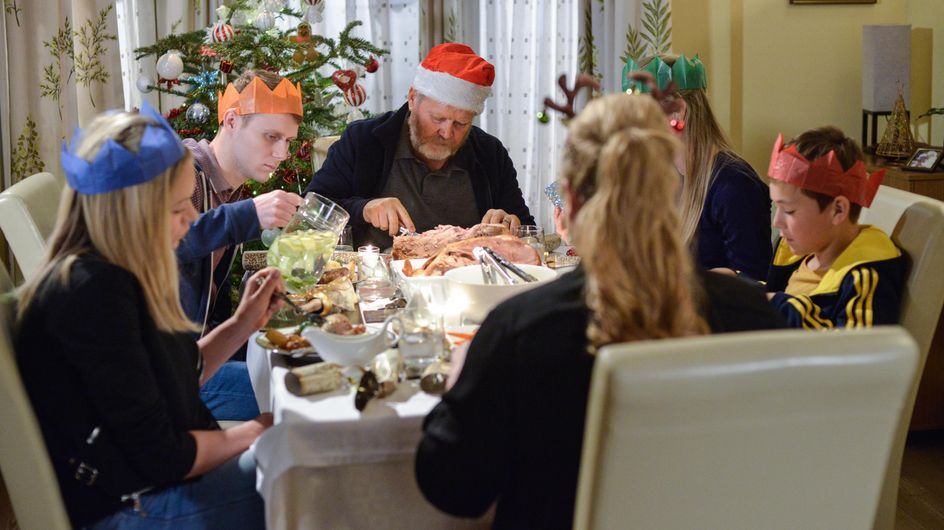 Eastenders 25/12 - Will This Be Phil's Last Christmas?