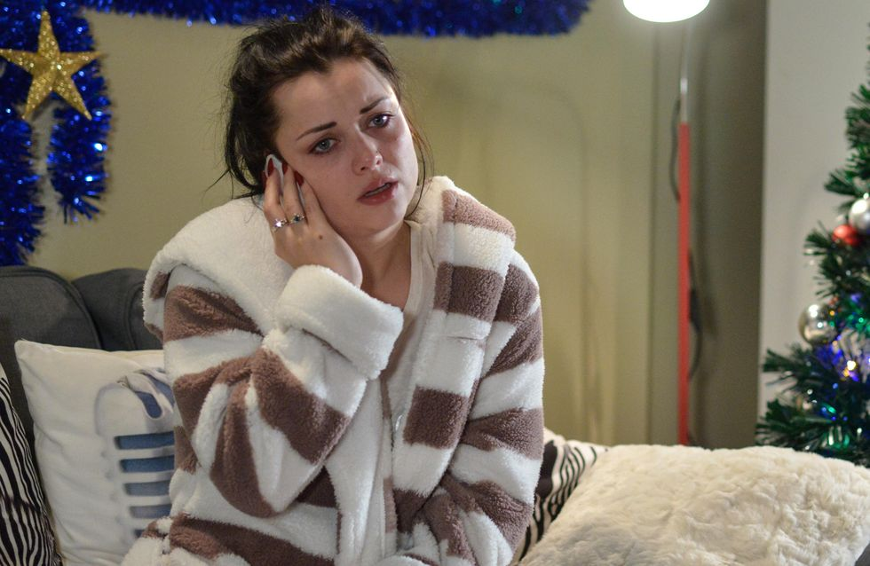 Eastenders 26/12 - Lee Finds Himself In An Impossible Situation