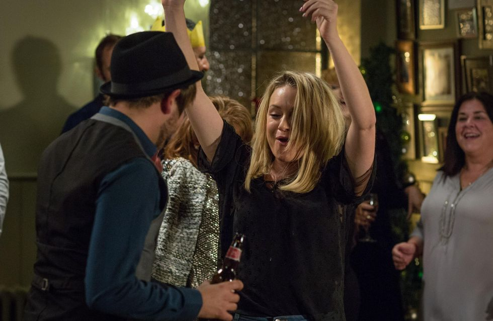 Eastenders 30/12 - Roxy Makes A Drunken Pass At Shrimpy