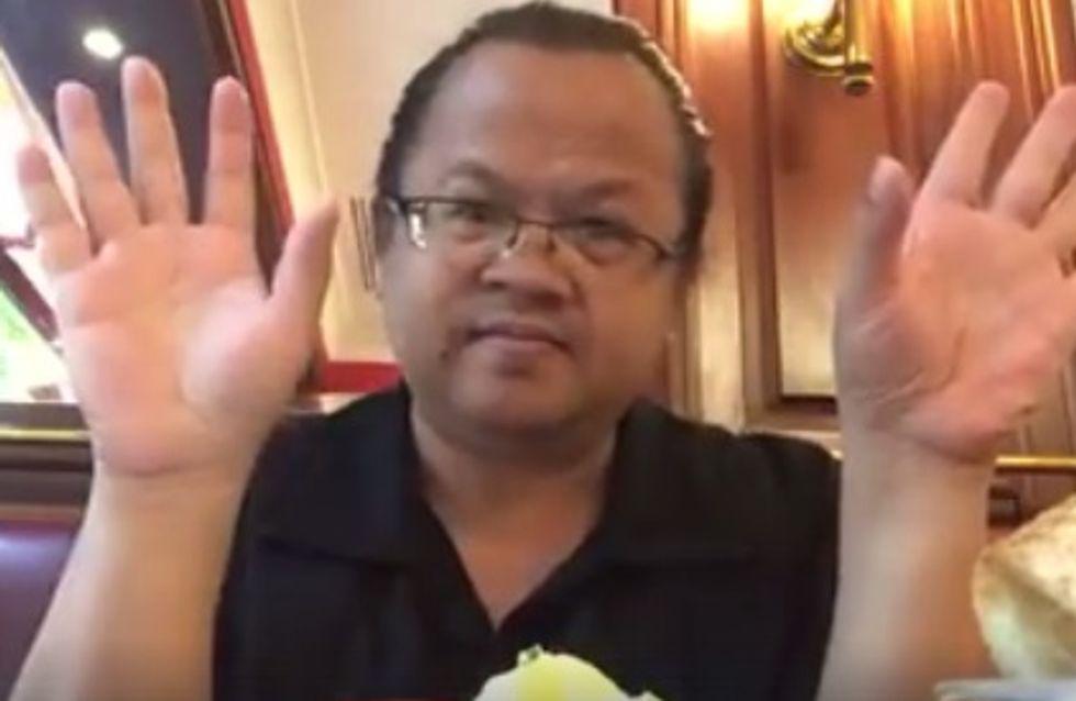 Ce sourd-muet enseigne avec brio la langue des signes à des écoliers (Vidéos)